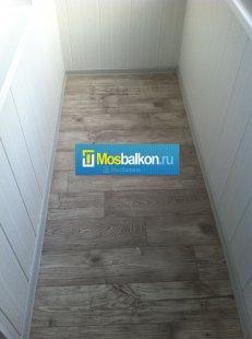 Тепла підлога на балконі